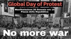 Manifestazione contro la guerra: no more war