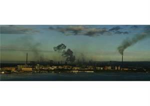 Taranto accerchiata dai fumi (2007)