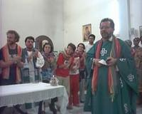 Padre Giorgio con la carovana della pace