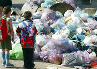 La grande Lucania si costruisce sui rifiuti