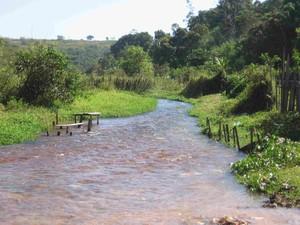 Il rio Jacu di Açailândia, fonte di vita per molti: recuperarlo e proteggerlo è urgente
