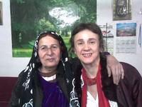 Con Aisha, la madre del soldato che portò tra i peshmerga sulle montagne