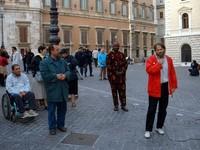 g. scarpati, padre giorgio durante la manifestazione davanti a Montecitorio