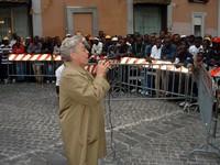 Maria Pia Garavaglia (vicesindaco di Roma) e gli immigrati, davanti a Montecitorio