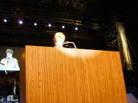 Cora Weiss di Hague Appeal for Peace, International Peace Bureau (IPB)