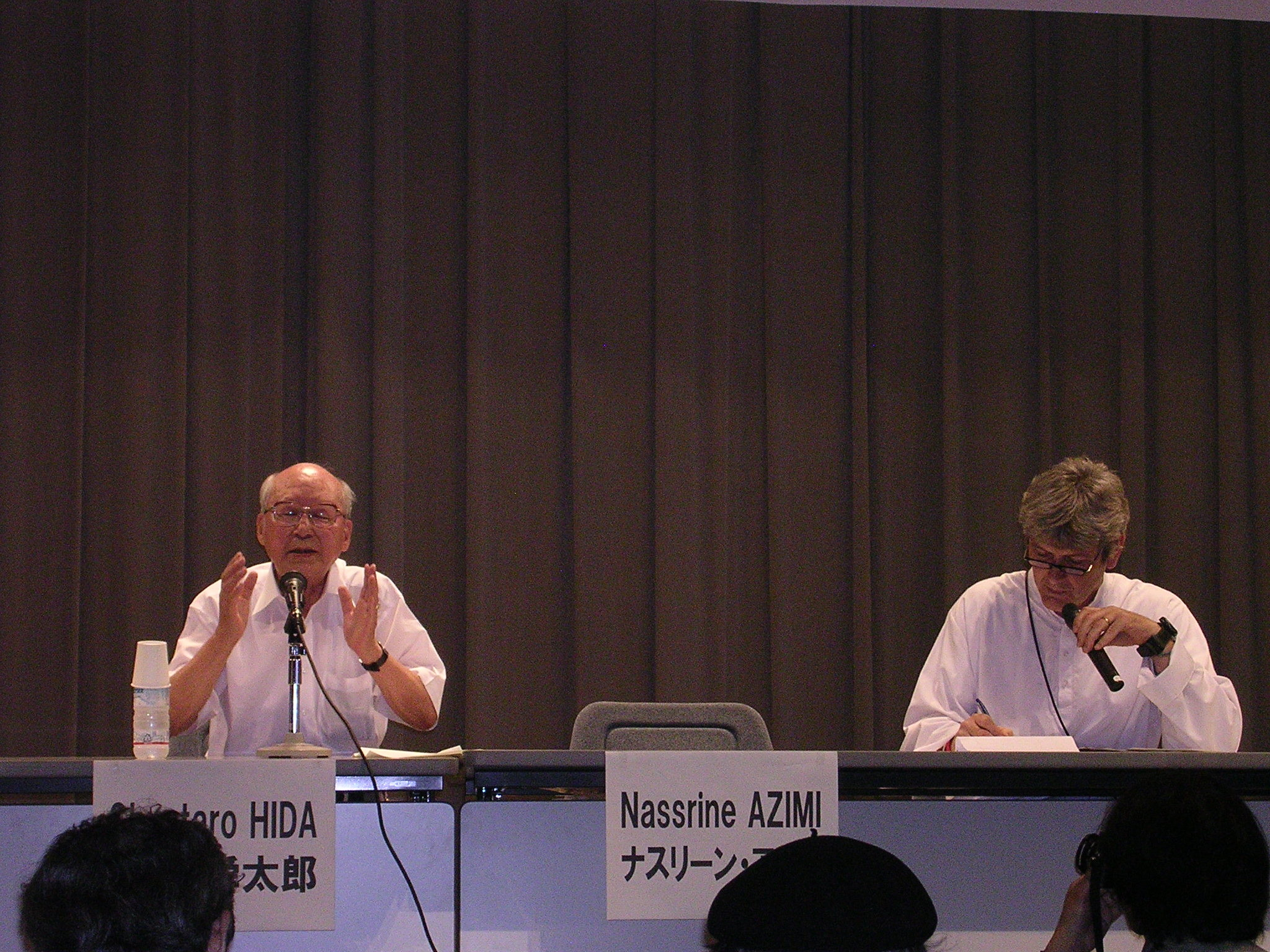 intervento del Dr. Hida, medico di Hiroshima che ha curato numerosi Hibakusha ma anche lui stesso è uno dei superstiti