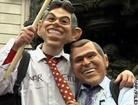 "Pacifisti britannici: ""Parola d'ordine: umiliare Bush"""