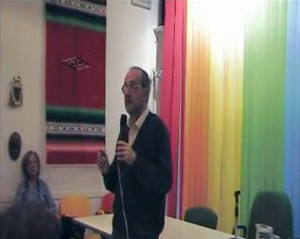 prof. Rocco Altieri (Docente di Teoria e Pratica della Nonviolenza all'Università degli Studi di Pisa).