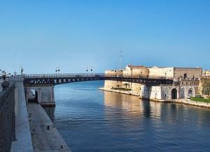 Il ponte girevole di Taranto
