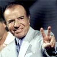 Ex presidente Menem accusato di traffico d'armi