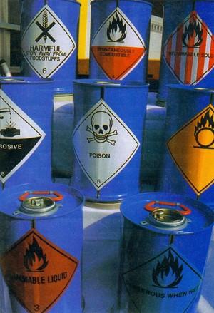 Rifiuti chimici