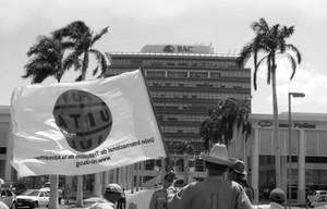 Manifestazione davanti all'Edificio Pellas (Foto G. Trucchi)