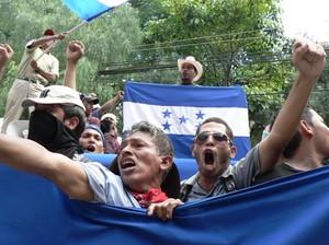 Decimo giorno di manifestazioni a Tegucigalpa © (Foto G. Trucchi)