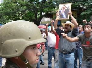 I movimenti popolari continuano la loro protesta contro il golpe © (Foto G. Trucchi)