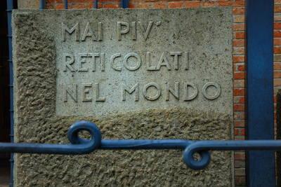 Padova,il Tempio dell'Internato Ignoto,la lapide all'ingresso