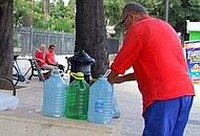 paura per l'acqua potabile a Taranto