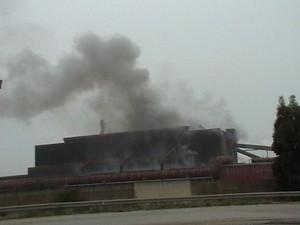 Ore 15.46 del 17 gennaio 2010, fumi non convogliati dall'acciaieria 2 dell'Ilva. L'impianto di depolverazione è stato inaugurato il 14 gennaio 2010