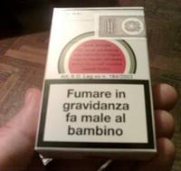 """Durante la gravidanza """"fuma"""" 750 sigarette"""