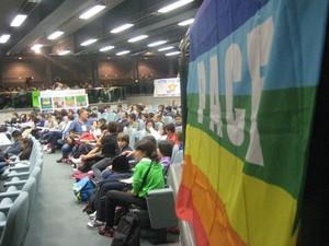 Assemblea plenaria studenti scuole medie a Perugia nell'auditorium della Centro Congressi Aldo Capitini