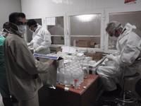 Foto 8 - Nel laboratorio galenico farmaceutico del Hiwa Hospital