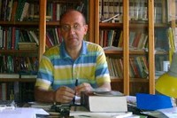 Il prof. Rocco Altieri al 5 giorno di digiuno gandhiano per salvare il diritto allo studio di lavoratori ed immigrati