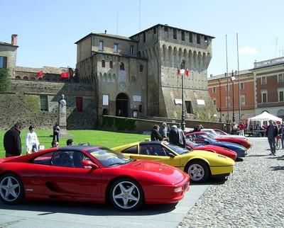 Le Ferrari a Lugo di Romagna