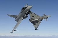 La corsa agli armamenti passa per India, Emirates ed Israele: gli aerei militari i più venduti