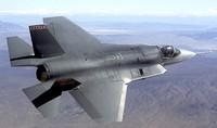 Attacchi in profondità: Il caccia F-35 è nato per lanciare attacchi su lunghe distanze. Inutile in teatri come l'Afghanistan. Le caratteristiche anti-radar sono costose ma non servono a nulla dove il nemico è la guerriglia