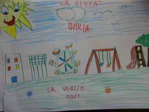 """durante la raccolta firme organizzata dal Comitato Donne per Taranto, abbiamo lasciato che anche i bambini potessero mettere la """"loro"""" firma: e quale modo migliore se non fargli fare un bel disegno"""