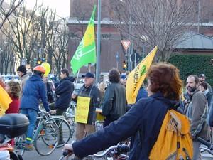 Biciclette e bandiere