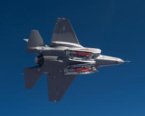 F-35 armato