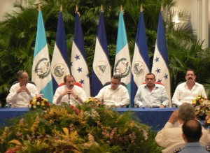 Presidenti del CA-4 riuniti a Managua © (Foto G. Trucchi)