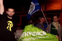 In piazza Prefettura-Bari- dopo la vittoria del Sì al referendum