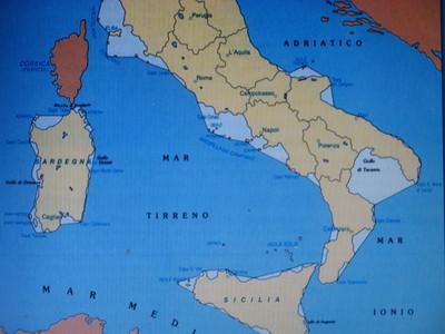 Golfo di Taranto. Una linea ideale circoscrive le acque territoriali, tra S.Maria di Leuca (Puglia) e Punta Alice (Calabria)