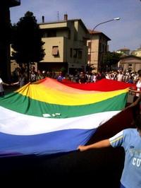 Perugia Assisi 2011 sventola la bandiera della Pace