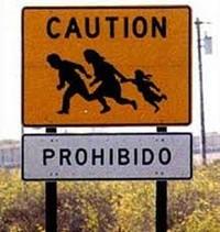 Segnale anti immigrazione frontiera USA-Messico
