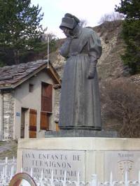 Un monumento contro la guerra