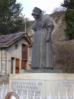 "Monumento ""La pleureuse"" a Termignon"