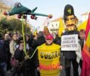 manifestazione contro l'F-35