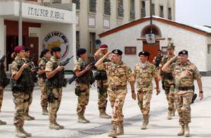 L'Ammiraglio DI PAOLA accompagnato dall'Ambasciatore d'Italia a Kabul