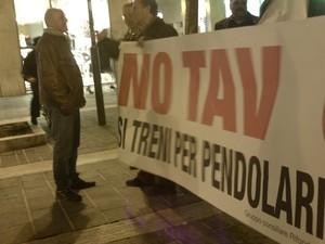 manifestazione a Pescara del 2 marzo 2012 in solidarietà con il Movimento NO TAV