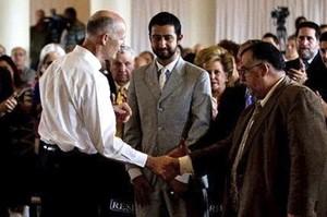 Réception des participants au séminaire cubano-syrien par le gouverneur de Floride, Rick Scott (1er mai 2012).