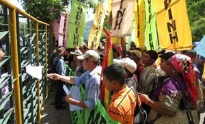 Mobilitazione del Copinh, Ofraneh e Madj a Tegucigalpa © (Foto G. Trucchi)