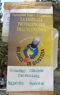 All'ingresso del convegno di Bilanci di Giustizia a Fanano