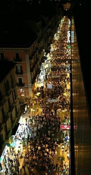 Fiaccolata contro l'inquinamento a Taranto (5/10/2012)