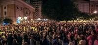 Oltre 10.000 persone a Taranto hanno acceso la speranza