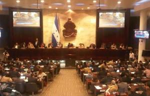 Sessione parlamentare del 12 dicembre (G. Trucchi | Opera Mundi)