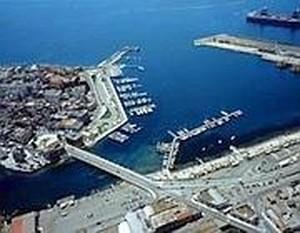 Area portuale di Taranto