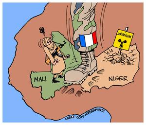 Mali: la guerra francese per l'uranio.