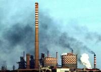 Ilva, fumi dall'altoforno: paura a Taranto